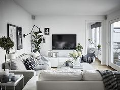 Living room styling by the amazing @greydeco.se   by @janneolanderfotograf for @fastighetsbyran
