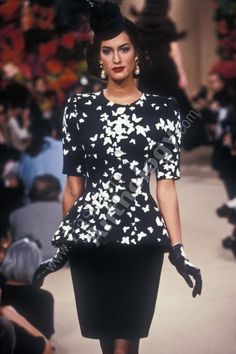 Yasmeen Ghauri for YSL Couture 1995