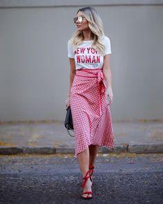 """2,822 curtidas, 42 comentários - BIANCA PETRY (@bianca_petry) no Instagram: """"Vichy vibes ❤ Viciada nessa estampa! Aproveitando pra combinar a saia midi com t-shirt, amo esse…"""""""