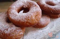 Tradiční smažené koblihy | NejRecept.cz Doughnut, Desserts, Food, Tailgate Desserts, Deserts, Essen, Postres, Meals, Dessert