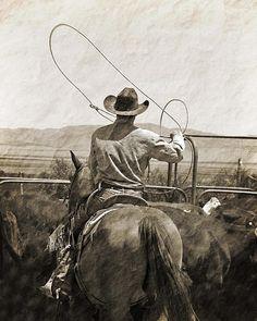 Cowboys ❦ thirtymilesout:  photo by Megan Kilgore