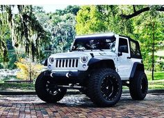 JEEP JK WHITE MODIFIED WHEELS LIFTED FRONT END CUSTOM #JEEP http://www.wheelhero.com/topics/Jeep-Wheels-For-Sale