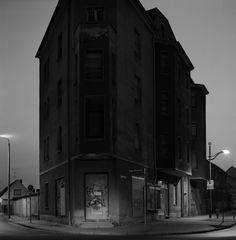 Des lieux inhabités en carré par Gerry Johansson noir blanc carre johansson gerry 09 903x920