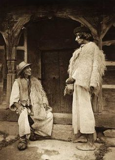 Romanian traditional folk costume Tarani-din-Maramures. Romanian, I think, men's costume.