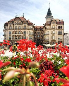 Romania TOP Europe 📷 Look at the featured gallery to share the ❤️ Travel Around The World, Around The Worlds, Earth City, Europe Photos, Europe Destinations, European Travel, Elle Decor, Manila, Solo Travel
