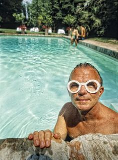 walter steiger and his trademark specs