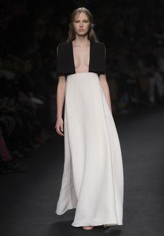 Valentino, inspiriert von Wiener Couture - die Herbst/Winter-15-Kollektion auf einen Blick