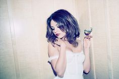Art Mila Kunis people-who-inspire-misery Most Beautiful Women, Beautiful People, Mila Kunis, Celebs, Celebrities, Pretty People, Girl Crushes, My Hair, Hair Dos