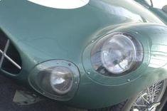 アストンマーティン、「V12 スピードスター」を予告。88台のみのオープン2シーターは2020年後半に発表   Aston_Martin_V12_Speedster_010812-min   8枚目の写真 (全19枚)   GENROQ Web(ゲンロク ウェブ) Aston Martin Dbr1