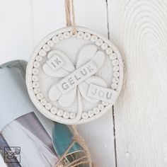 Havo | DIY met de originele Doodle Clay en maak de leukste creaties Geluk, Clay Ideas, Cement, Doodles, Christmas Ornaments, Holiday Decor, Creative, Art, Fimo