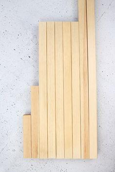 Do it yourself: build Ypperlig wall shelf yourself - Woodwork Decor Interior Design Singapore, Best Interior Design, Beginner Woodworking Projects, Woodworking Plans, Ypperlig Ikea, Small Bars, Wooden Ladder, Diy Store, Commercial Interior Design