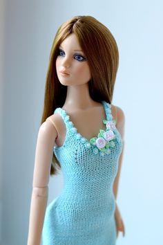 """Handmade Knit Outfit for Tonner Doll Cami Antoinette Body 16"""" Dress   eBay"""
