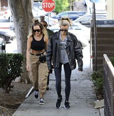 Hayley Bieber, Hailey Baldwin, Military Jacket, Punk, Street Style, Fashion Outfits, Jackets, Urban Style Outfits, Down Jackets