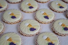 First Holy Communion cookies by doctorcookies