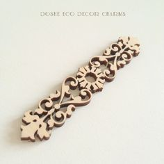 Nice Laser cut wood ornamental border 341 / Wall decal / Decals / Wood ornaments / Wood cutouts / Laser cut wood / Borders / Wood shapes by DosheEcoDecorCharms on Etsy Laser Cut Mdf, Laser Cutting, Thermocol Craft, Wood Laser Ideas, Motifs Islamiques, Scrapbook Borders, Plate Design, Wood Cutouts, Wood Ornaments