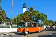 Buy discount tickets online for the 1 Day Old Town Trolley Key West Tour. See the best first and learn about all the famous sites with our sightseeing tour.