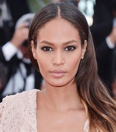 Joan Smalls' center-parted hair at Cannes.
