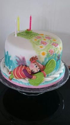 Geburtstagstorte Elfe mit Blumen Cake, Desserts, Food, Birthday Cake Toppers, Flowers, Tailgate Desserts, Deserts, Kuchen, Essen