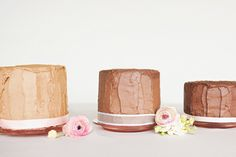 love the look of these for a wedding cake @McKenzie Mayne