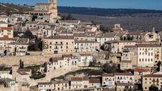 Places to see in ( Sepulveda - Spain )  Sepúlveda is a municipality located in the province of Segovia Castile and León Spain. The town of Sepulveda lies next to the Hoces del Rio Duratón National Park and also incorporates the district of Duratón.  Sepulveda is a popular town within the province of Segovia to visit for cultural and gastronomic pursuits - a number of traditional restaurants serve roasted cordero and cochinillo with appealing views of the local sierra.  The town of Sepúlveda…