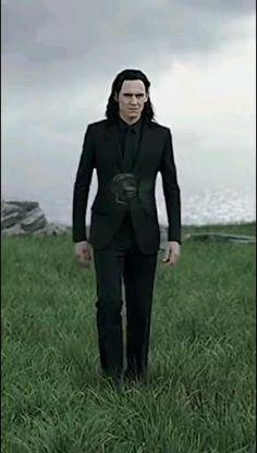 Loki Avengers, Marvel Avengers Movies, Loki Marvel, Marvel Actors, Loki Thor, Loki Laufeyson, Marvel Characters, Tom Hiddleston Movies, Tom Hiddleston Loki