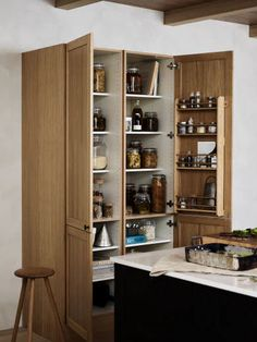 Bathroom Medicine Cabinet, Tall Cabinet Storage, Liquor Cabinet, New Homes, Layout, Furniture, Inspiration, Home Decor, Wooden Kitchens