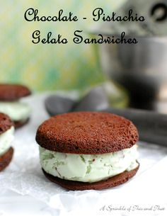 A    Sprinkle    of    This    and    That: Chocolate Pistachio Gelato Sandwiches