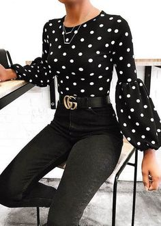 Polka Dot street style fashion / fashion week Source by cecijfv clothes fashion closet Mode Outfits, Fashion Outfits, Womens Fashion, Fashion Trends, Summer Work Outfits, Fall Outfits, Summer Clothes, Classy Outfits, Casual Outfits