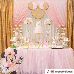 "572 Me gusta, 23 comentarios - Aprovei Esta Idéia (@aproveiestaideia) en Instagram: ""#Repost @ladocicadoces with @repostapp. ・・・ Festa Minnie Princesa da Laureen ! Decoração…"""