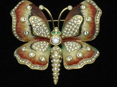 KJL - Kenneth Jay Lane - Simply stunning  http://stores.ebay.com/atouchofrosevintagejewels