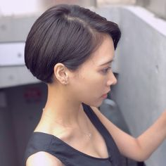 The Short Pixie Cut - 58 Great Haircuts You'll See for 2019 - Hairstyles Trends Great Haircuts, Haircuts For Fine Hair, Short Bob Haircuts, Pelo Midi, Short Hair Cuts, Short Hair Styles, Pixie Haircut, Hair Trends, Hair Inspiration