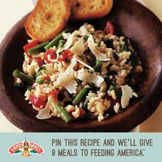 Fresh veggies make this risotto recipe perfect for summer. Great Recipes, Dinner Recipes, Favorite Recipes, Risotto Recipes, Risotto Ideas, Land O Lakes Recipes, Cooking Recipes, Healthy Recipes, Dip Recipes