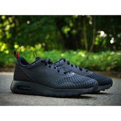 Nike Air Max Tavas Carbon Green | Nike air max, Running