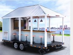 Tailgate Group offers tailgating services and tailgating trailer rentals throughout the south. Enjoy our many different tailgating services and tailgating trailer rental options.