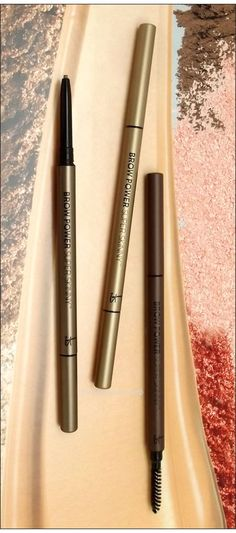 This one from IT Cosmetics will give your brows power I swear! Beauty Secrets, Beauty Tips, Beauty Hacks, Beauty Essentials, Just Beauty, Diy Beauty, Fashion Beauty, Brow Liner, Make Up Tricks