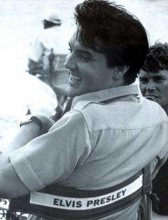 Elvis Presley 1965 Hawaii Interview - Elvis Information Network