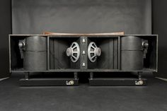 They won't make them like this again. From the glory days of HiFi. I am more interested in the amazing design than I am in the sound. This ...