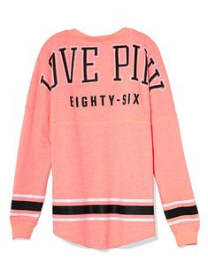 VS PINK Varsity Crew, I have this in maroon and it's really comfy #nikki #pink