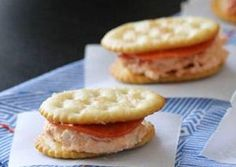 Ty seriously loves these!!A savory filling of cream cheese, pizza sauce and pepperoni is sandwiched between two crackers.