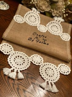 Crochet Patterns Amigurumi, Crochet Motif, Crochet Doilies, Crochet Table Runner Pattern, Crochet Tablecloth, Bargello Patterns, Farmhouse Table Runners, Crochet Decoration, Burlap Fabric