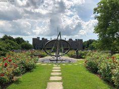 Lies im Blog über unseren Urlaub im Südosten Englands in den Grafschaften East Sussex und Kent, über unser Cottage und die Dinge, die wir gesehen und erlebt haben. Lass dich für deinen eigenen Urlaub inspirieren. Rudyard Kipling, National Trust, East Sussex, Churchill, Sidewalk, Castle, Mansion, Forts, Vacation
