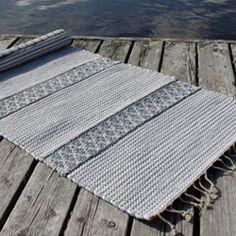 Siinu | Matot Picnic Blanket, Outdoor Blanket, Buy Rugs, Handicraft, Loom, Hand Weaving, Flower, Weaving Looms, Farmhouse Rugs