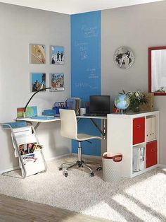 space saving ideas and furniture placement for small home office design-for a teen room