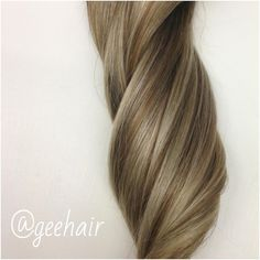 Love this blend of warm brown & light ash blonde... Shade #8/22 Mixed Light Capuccino