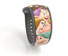2 New MagicBands Coming to Disney Parks, Including Millennial Pink! Disney World Resorts, Disney Vacations, Disney Parks, Disney Girls Room, Disney Rooms, Disney Magic Bands, Diy Crafts For Teen Girls, Disney Merchandise, Disney Fun