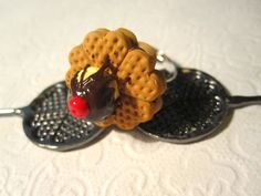 waffle ring filled with chocolate and ice cream on the top Miniature Food, Syrup, Waffles, Ice Cream, Jewellery, Chocolate, Ring, Amazing, Desserts