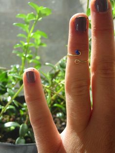 Check out this beautiful and easy midi ring DIY from fellow University of Minnesota student (and blogger) Danie!