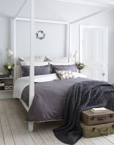 Bedroom. White Four Poster Bed.