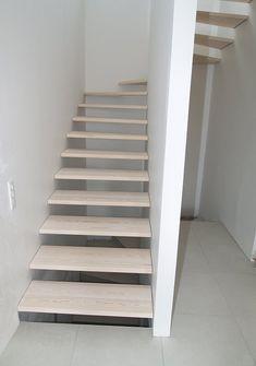 trappe - Recherche Google Stairs, Staircases, Hallways, Recherche Google, Home Decor, Ladders, Foyers, Stairway, Interior Design