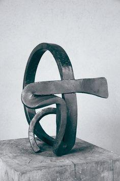 Martin Chirino. - Descubra las obras disponibles a la venta en www.modum-art.com #modumart